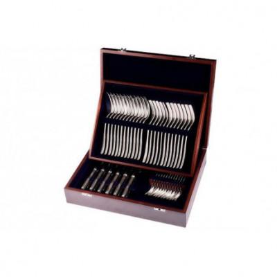 Zestaw srebrnych sztućców obiadowych w drewnianej kasecie